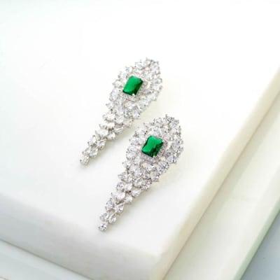 Victoria Danglers - Emerald Green