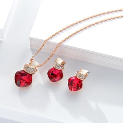 Morning Rose Pendant Set - BlingVine
