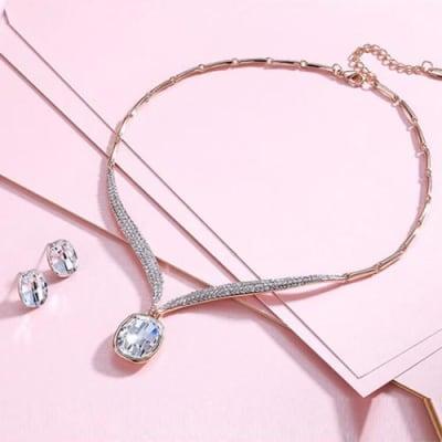 Elegance Crystal Necklace Set