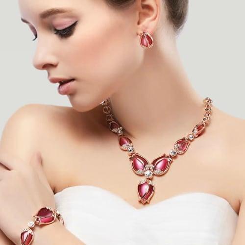 Best Jewellery For This Wedding Season