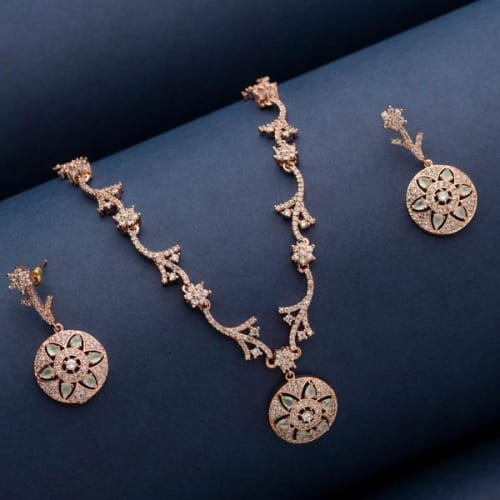 Gold plated Jewelry collection at Blingvine is the new attraction for online shoppers in India.