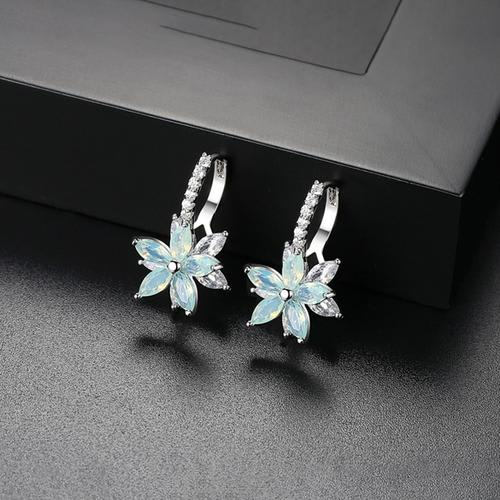 Celine Floral Earrings - BlingVine
