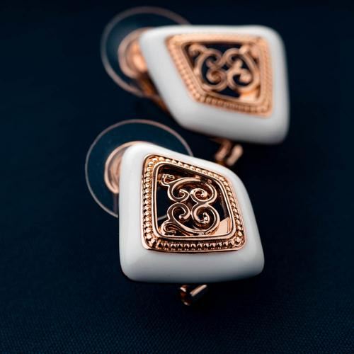 Calligraphy Studs