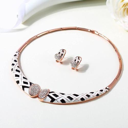 Ivory Necklace Set