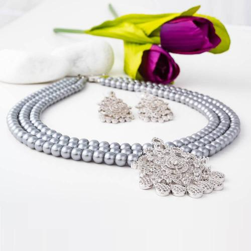 Midnight Beauty Pearl Necklace Set - BlingVine