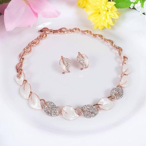 Spring Goddess Necklace Set - BlingVine