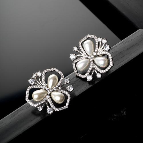 Pipa Pearl Earrings - BlingVine