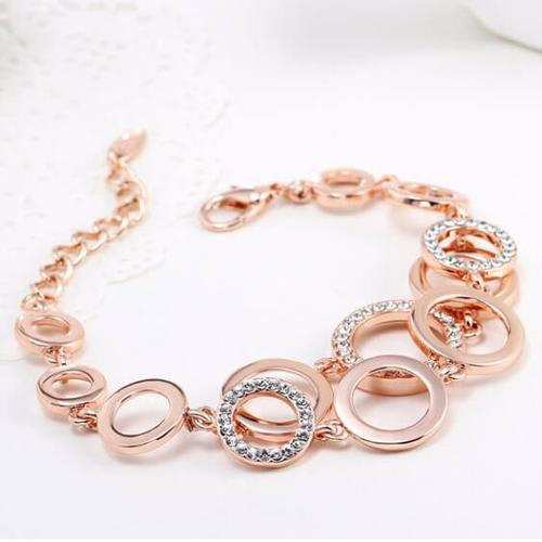 Loopy Bracelet - BlingVine
