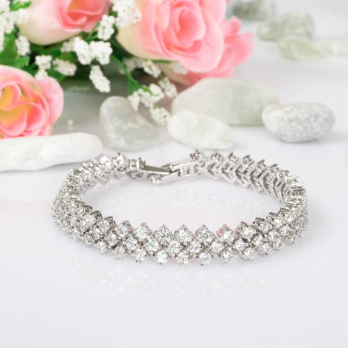 Snow White Bracelet - BlingVine