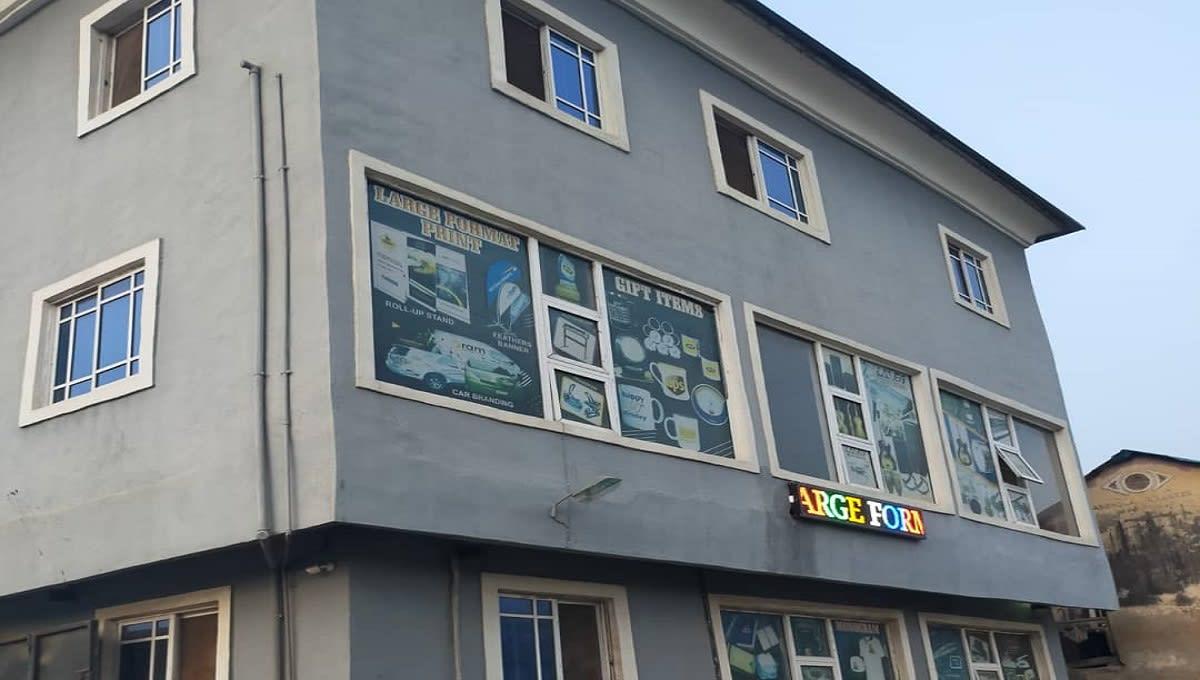 totoro-office-1