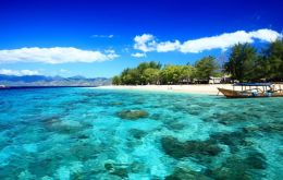 Wisata Pantai Senggigi Di Lombok Barat