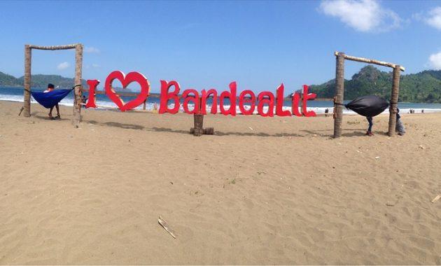 Pantai Bandealit di Jember Penuh Misteri