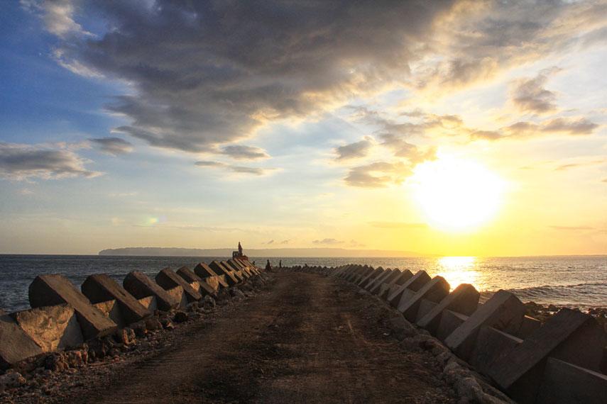 Tempat wisata Pantai Puger Jember