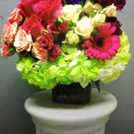 Spray roses hot pink,soft pink & white - hot pink roses green hydrengeasand gerber