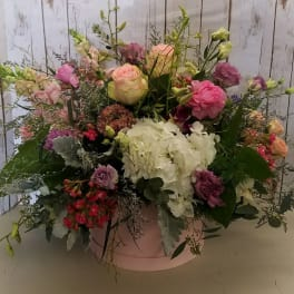 Tiptoeing Through Tulips After Madisons >> Love And Romance Flowers Delivery Sacramento Madison Avenue Florist