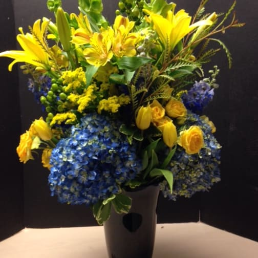 Dorchester Florist Flower Delivery By Coleens Flower Shop - Michael-flowers-henry-point