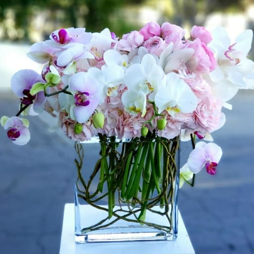 Los Angeles Florist | Flower Delivery by Floral Design by Dave's Flowers