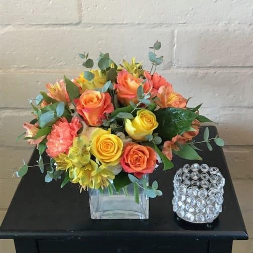 Tustin Florist | Flower Delivery by Saddleback Flower Shop