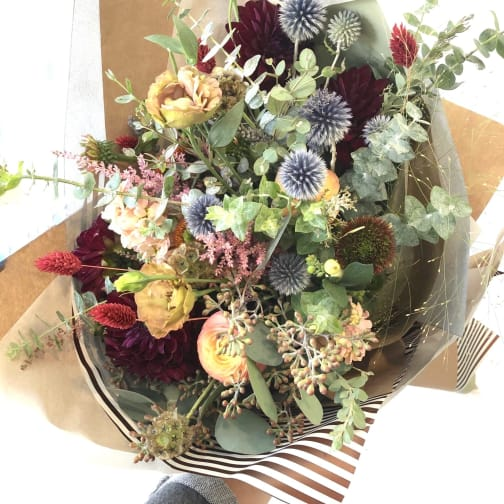 Monrovia Florist Flower Delivery By Aquarela Gifts Flowers