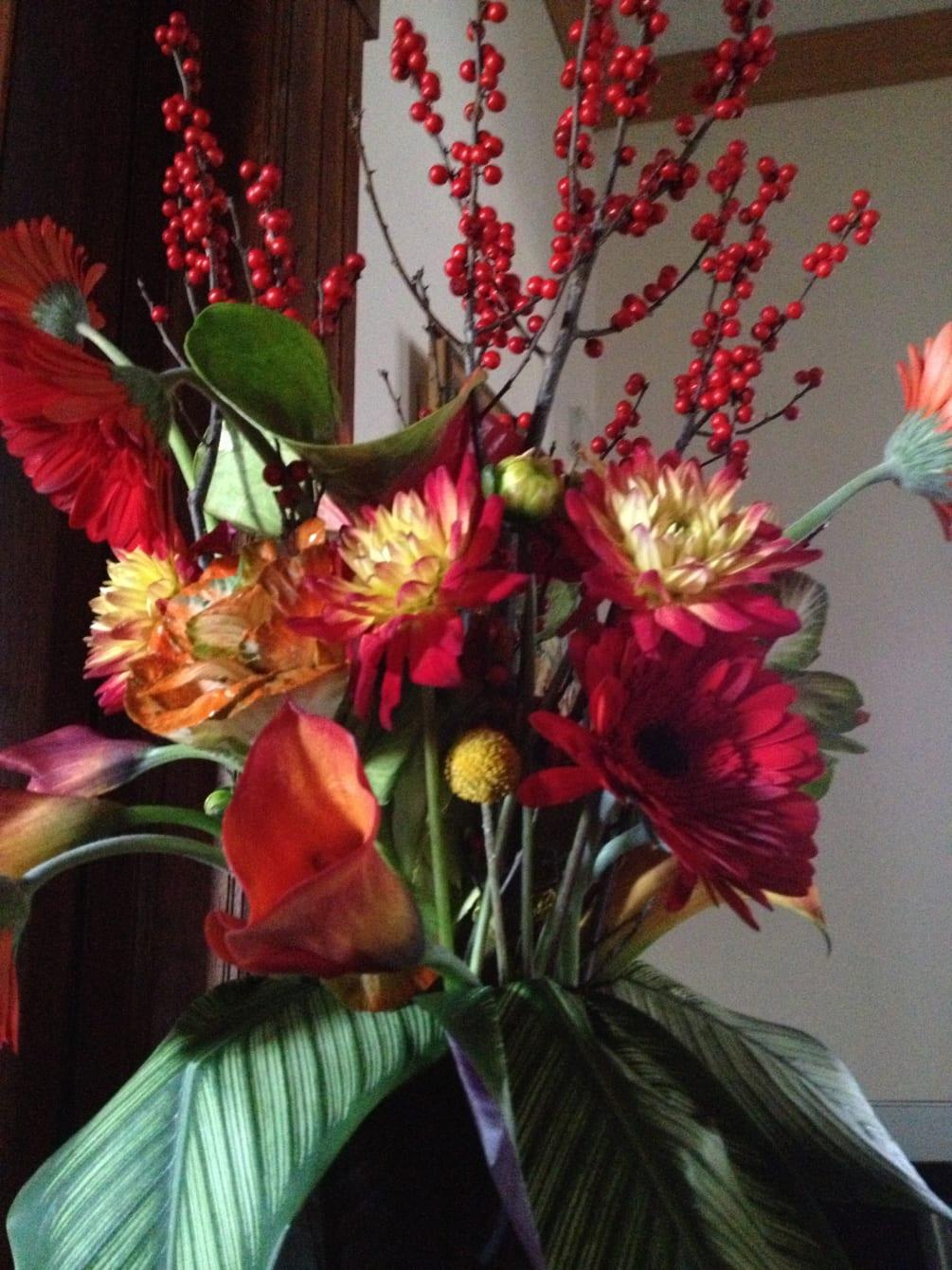 Dahlia Cala Lillies And Roses