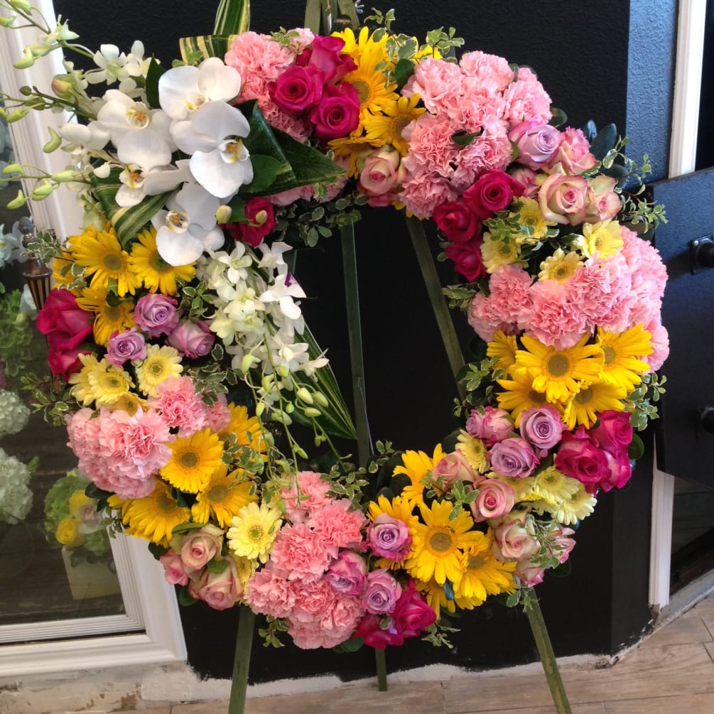 Spring Floral Outdoor Wreath - PinkWhen |Spring Flower Wreath