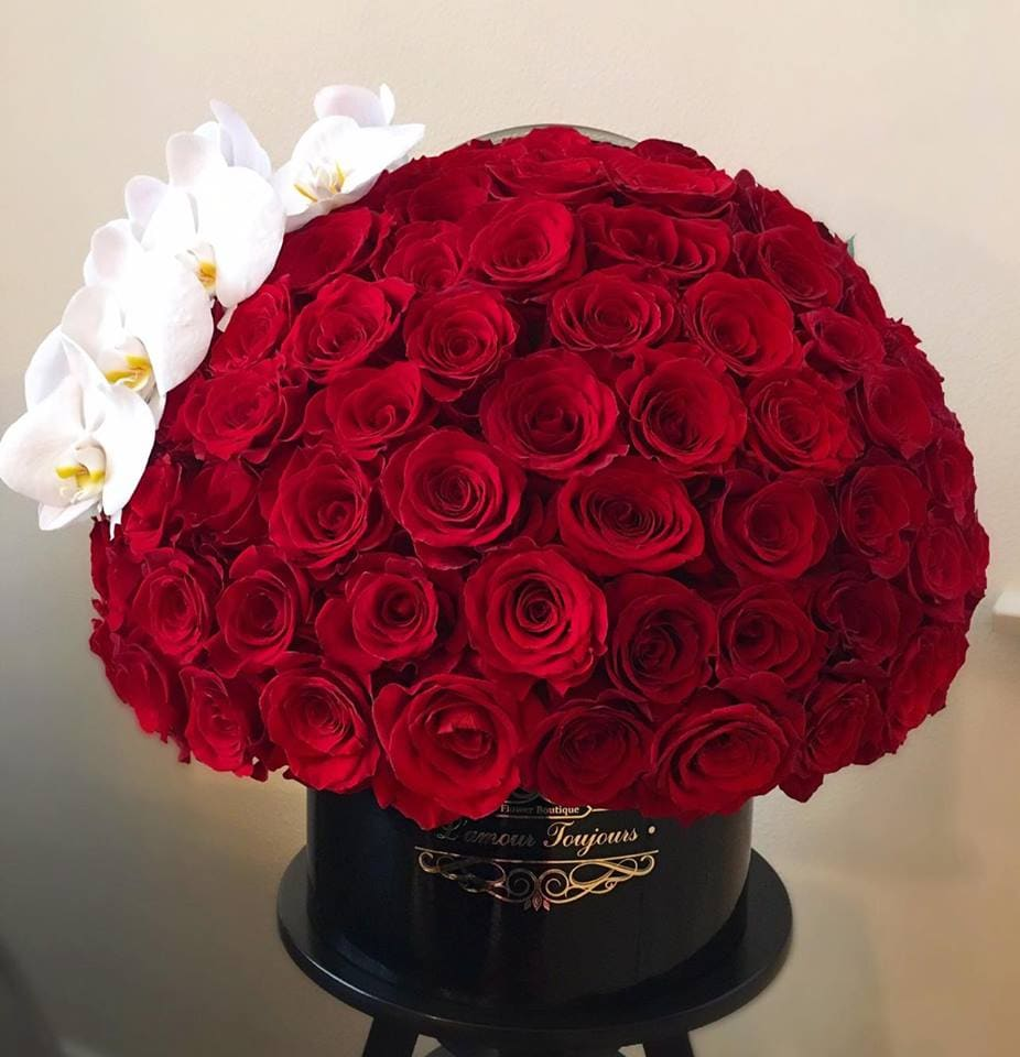 458ab1b21 Grand Signature Box 100 Red Roses by L amour Toujours Flower Boutique