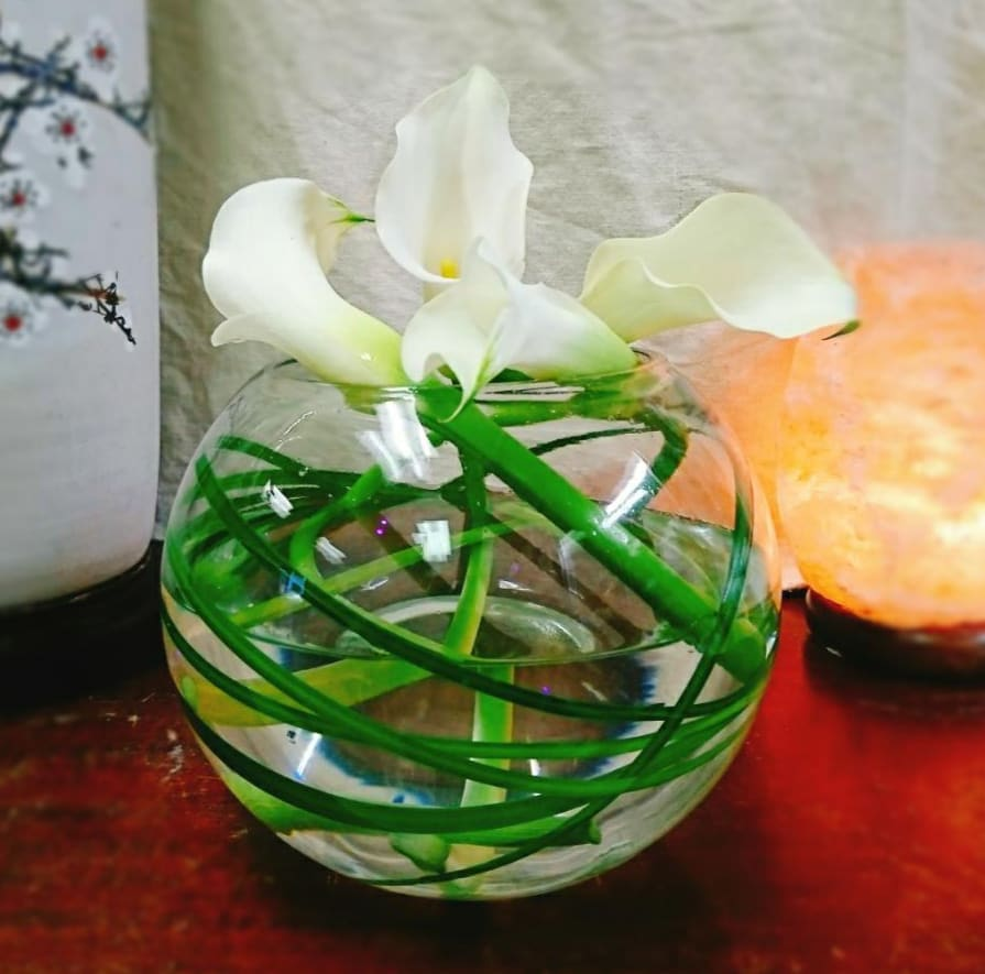 Swirling Calla Lilies Bouquet By Edgewood Flowers