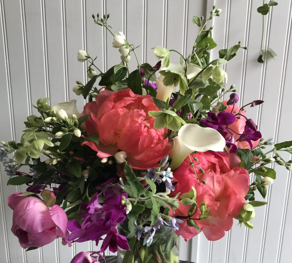 f1af72a45 Pretty peonies by Paradise Flowers