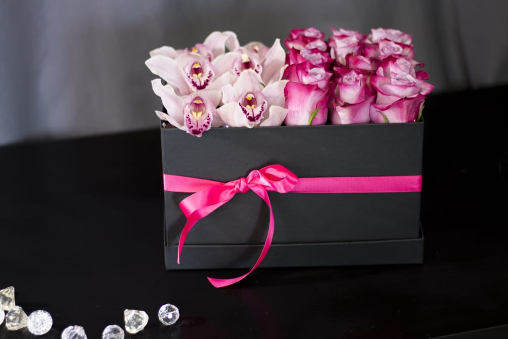 Roses and Orchids Arrangement. Flower Box with Flowers. Gift Flower Box  with Dozen Roses \u0026 Orchids