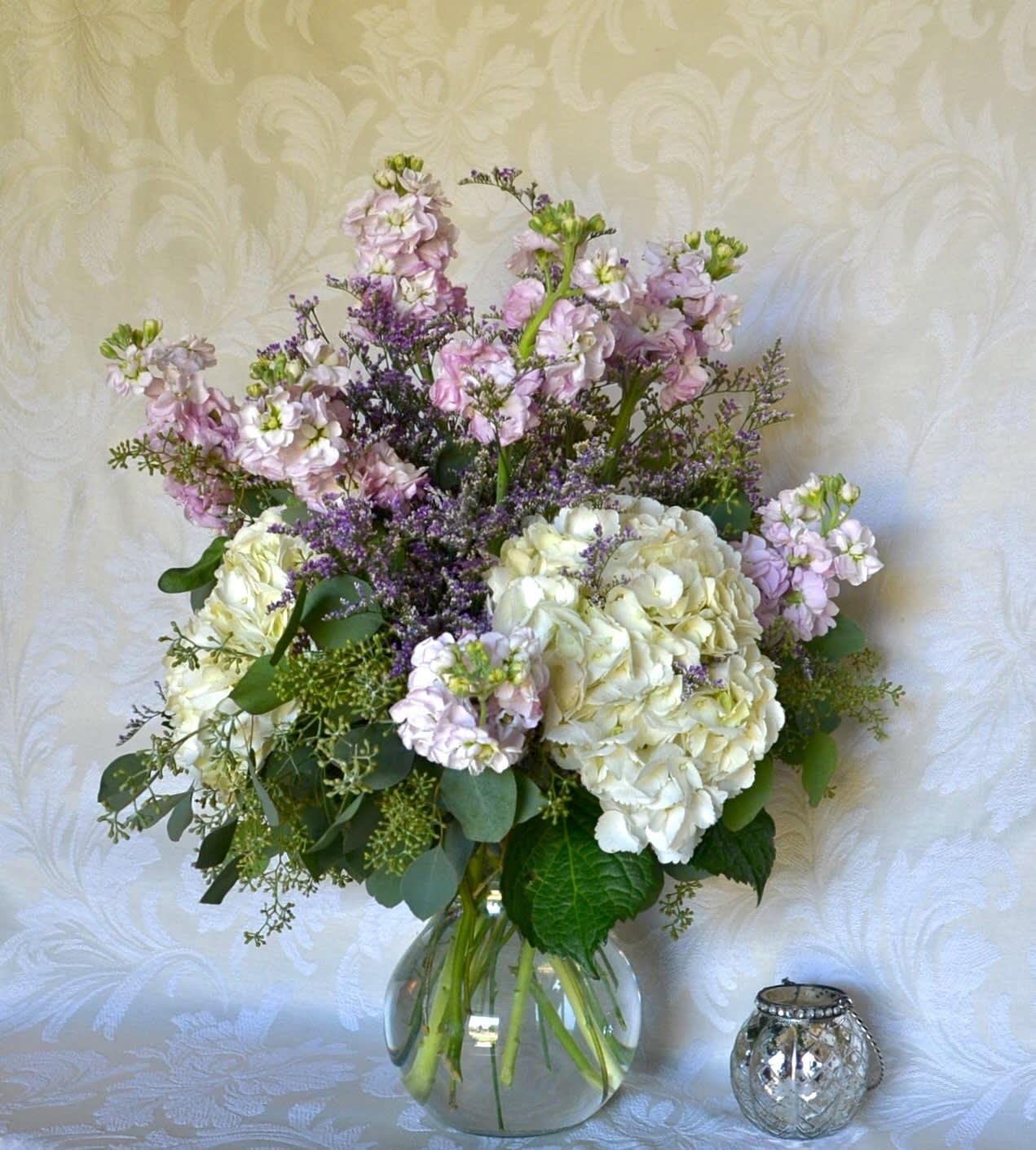 Cottage Garden Bouquet In Baton Rouge La Flower Therapy Florist
