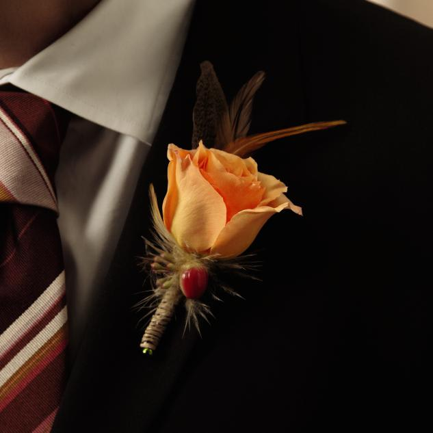 FTD Free Spirit Boutonniere in Thomson, GA | Peacock Hill Flowers & Gifts