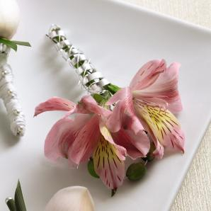 Ftd Pink Peruvian Lily Boutonniere In Frederick Md Amour Flowers