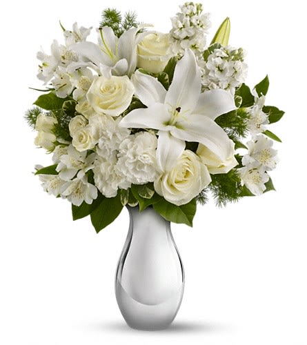 Teleflora S Shimmering White Bouquet By Dee S Flowers Gifts In Munford Tn Dee S Flowers Gifts