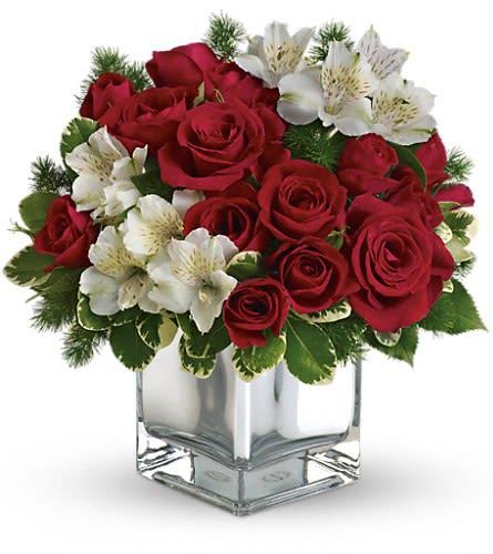 Teleflora Christmas 2019.Teleflora S Christmas Blush Bouquet By Sunrise Florist In Blackwood Nj Sunrise Florist