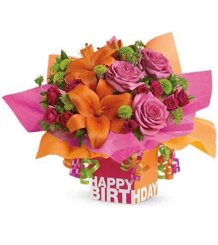 Telefloras Rosy Birthday Present