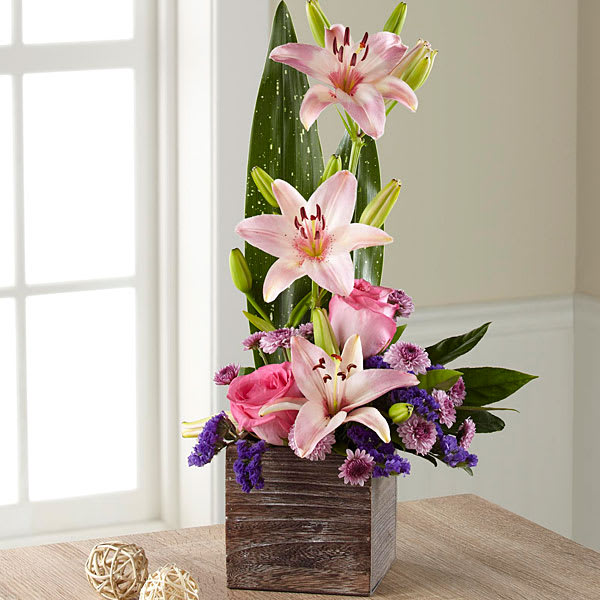 The FTD Simple Perfection Bouquet