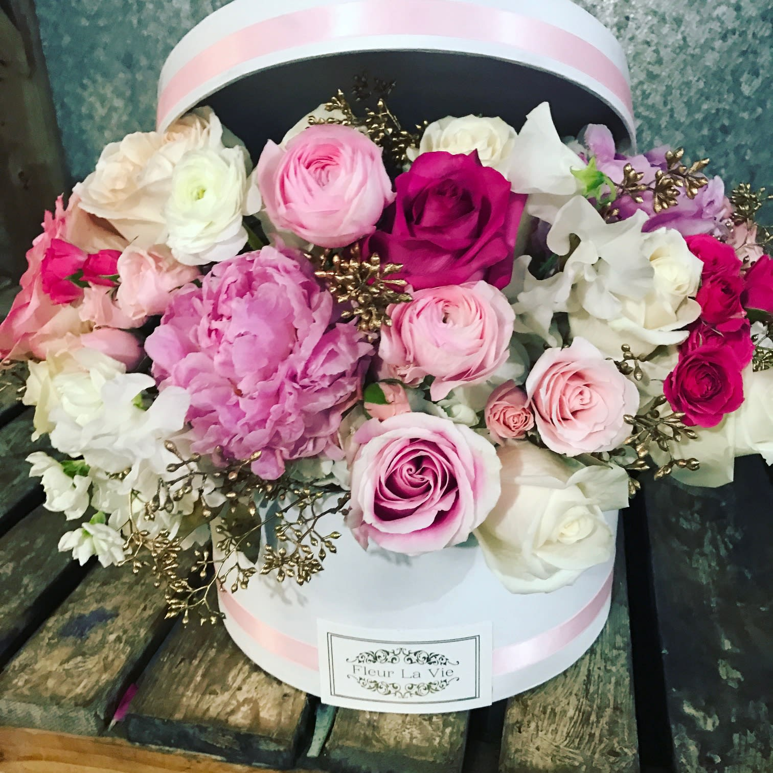 c86dc700196 Pink! The hat box version by Flower Allie and Fleur La Vie in Fullerton ...