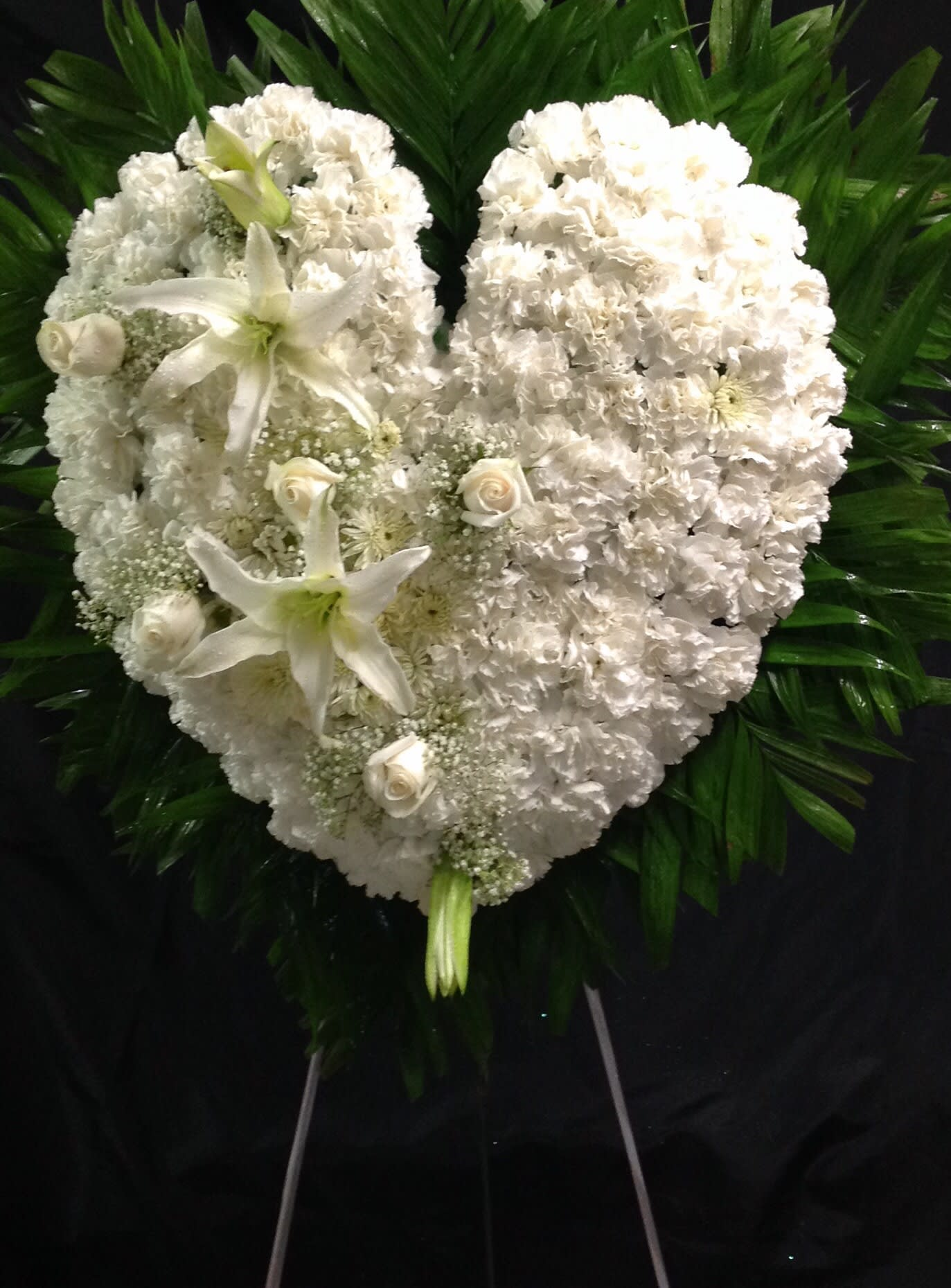Pure White And Cream Colored Heart In Richmond Hill Ny Diya