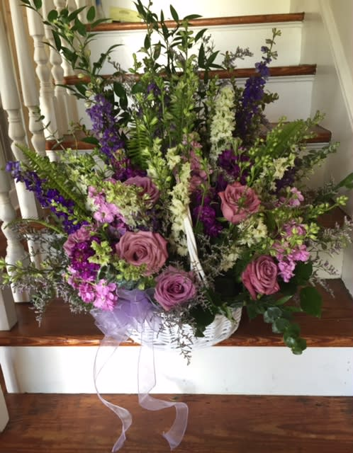 Larkspur Roses Hydrangeas And Other Premium Flowers In