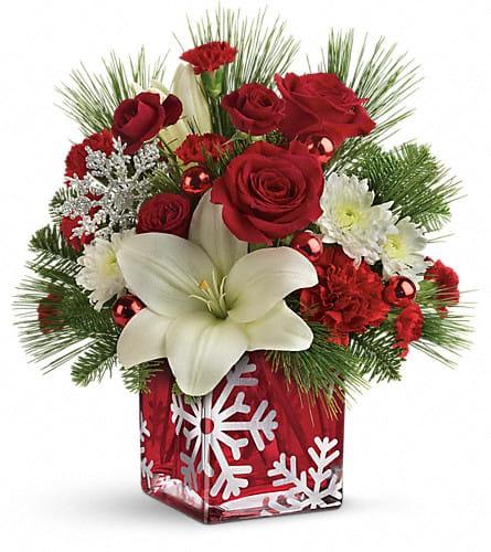Teleflora Christmas 2019.Teleflora S Snowflake Wonder Bouquet In Camden Nj Flowers By Mendez Jackels