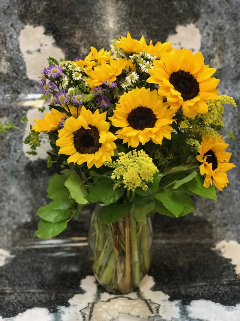 Simple arrangement of Sunflowers with Blue and White Monte Casino Aster, Solidego