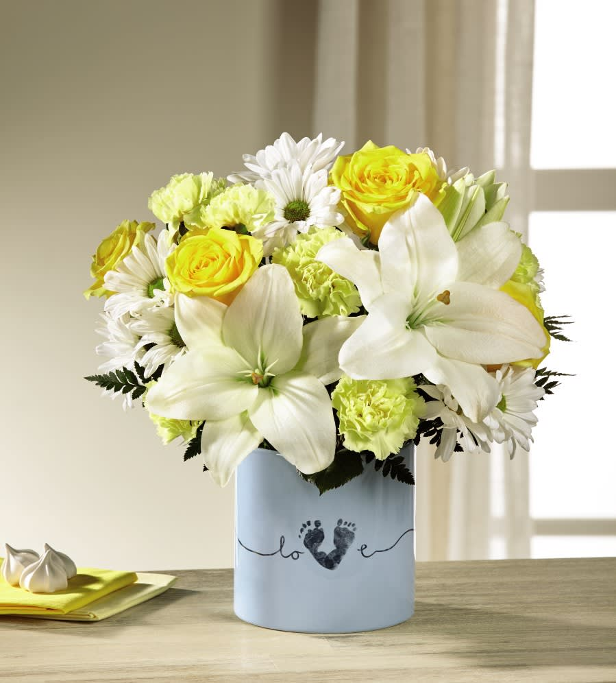 The Ftd Tiny Miracle New Baby Boy Bouquet In Cherry Hill Nj