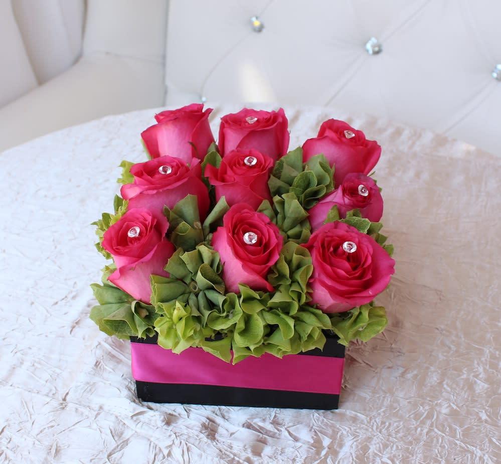 Pink Rose Box In Los Angeles Ca Flamingos Flower