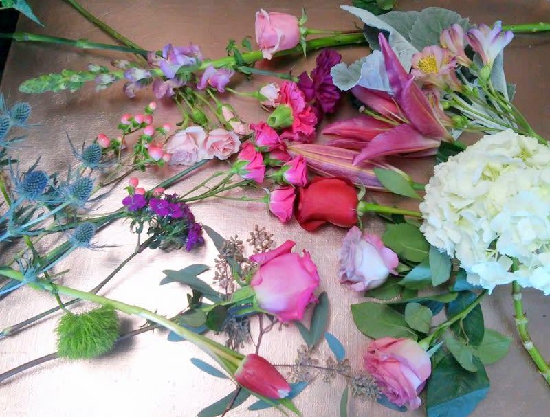 08c9424eaab Fresh Blooms Of The Day- Romantic Colors in Las Vegas
