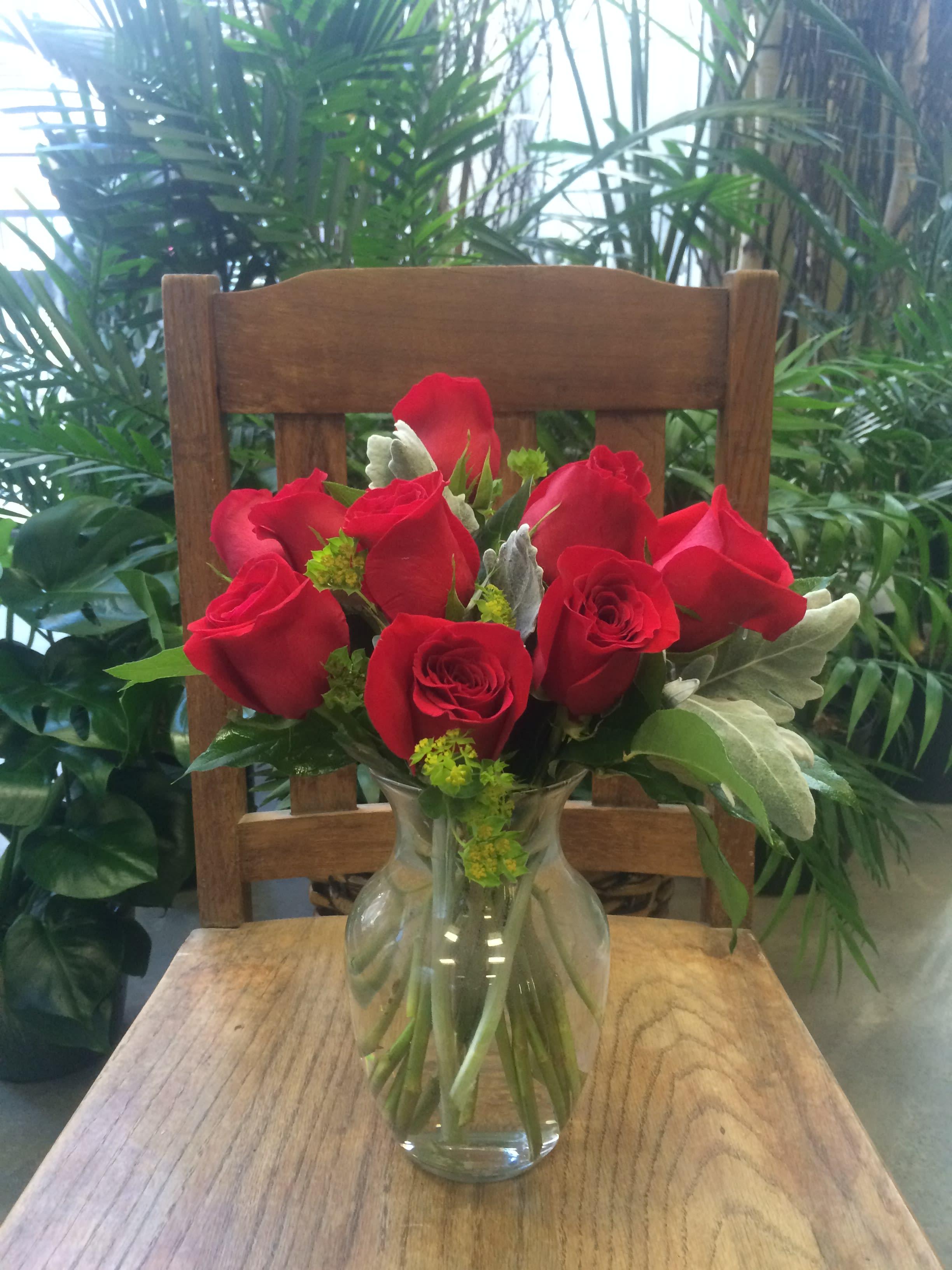 dozen short stem roses in kansas city, mo | steve's floral shop