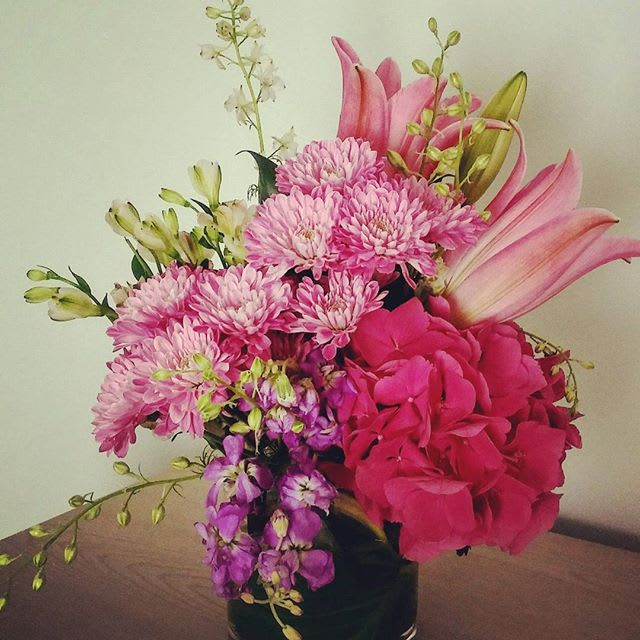 Fuschia Fleur In Olive Branch Ms The Yellow Rose Florist