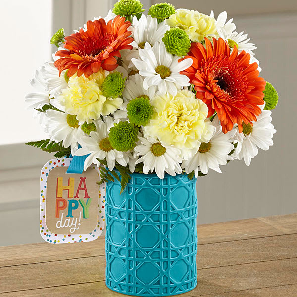 The FTD Happy Day Birthday Bouquet By Hallmark