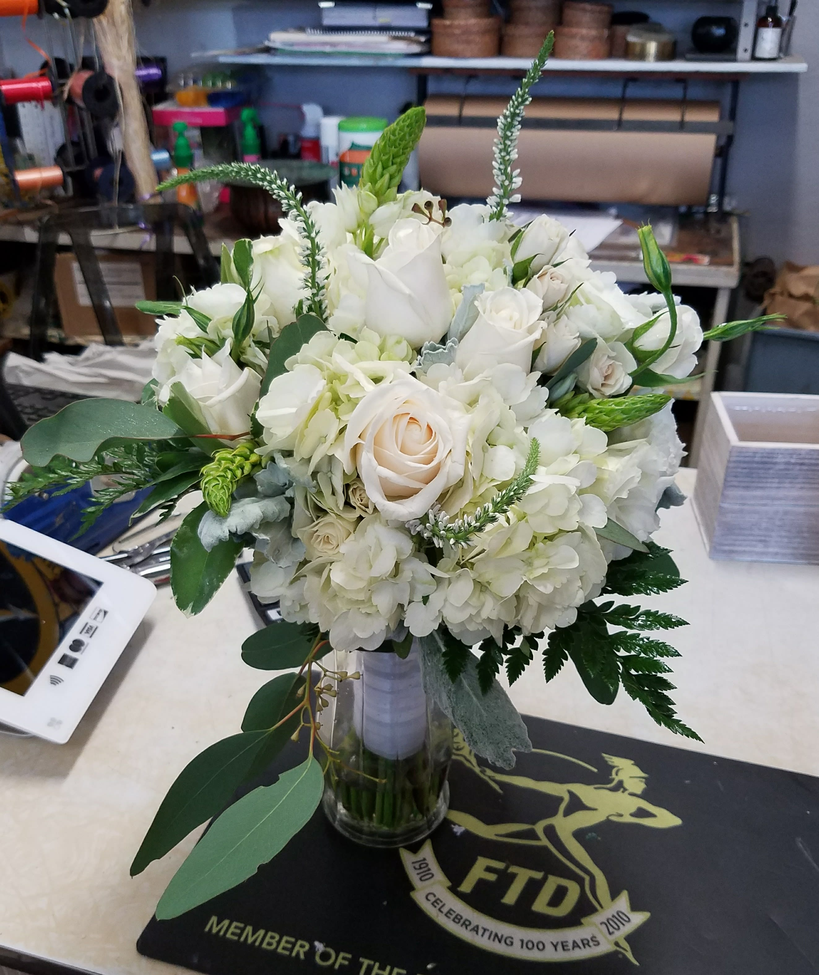 Making Your Own Wedding Flowers: Hand-tied Bridal Bouquet In Berkeley, CA