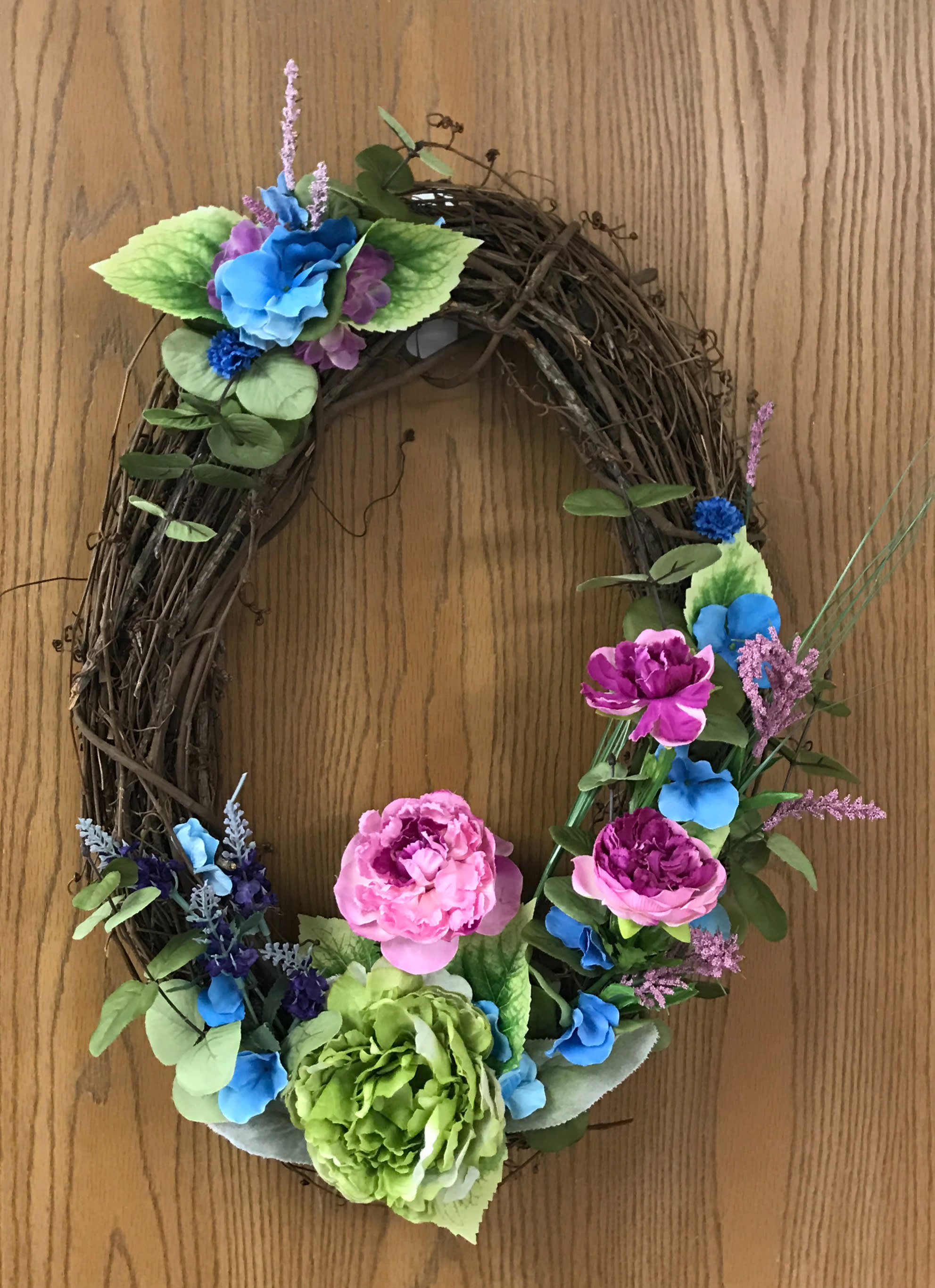 Oval Summer Wreath In Charleston Il Noble Flower Shop
