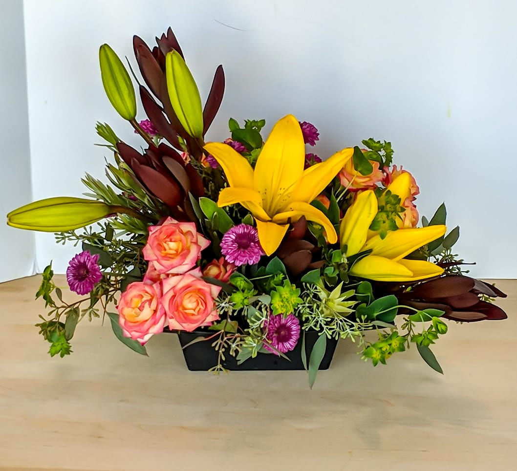 Autumn Centerpiece In Great Bend Ks Yours Truly Gift Flower Shoppe